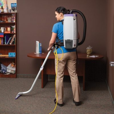 backpack vaccum cleaning